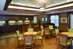 Three Crowns Park retirement community dining