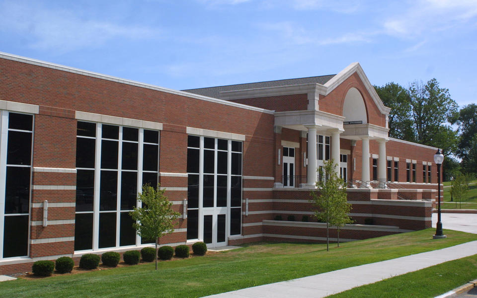 Monmouth College Huff Athletic Center